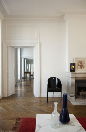 06-Sejour-Enfilade-Amenagement-Appartement-Architecture-Interieur-Lumiere-Naturelle-Paris3-Atela-Architectes